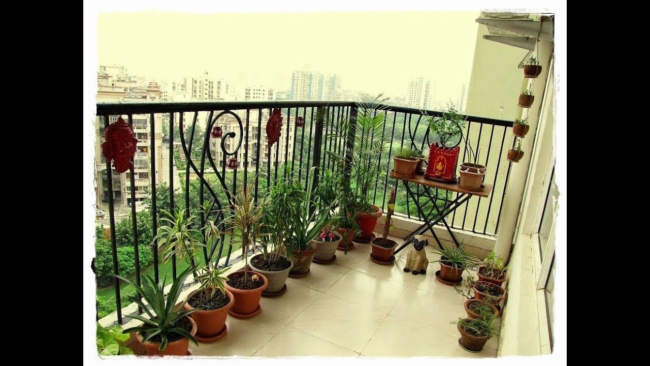 Indian apartment garden balcony decoration ideas