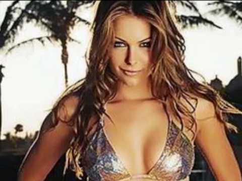 Top 10 Hottest Women In The World
