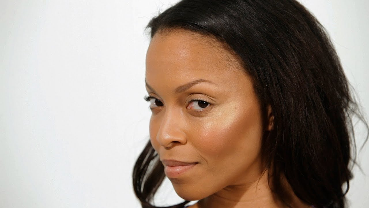 how to use highlighter on black skin | black women makeup - youtube