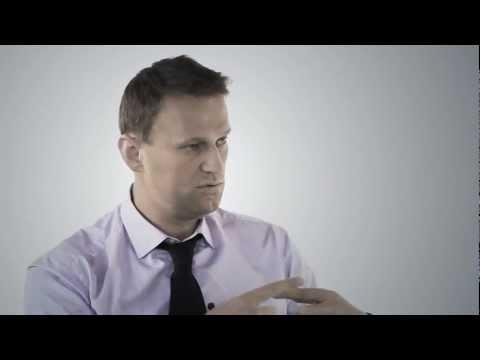 Я юрист и зарабатываю $300 000 в год - А. Навальный