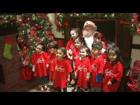 Mick Lee - 200 Chicago Preschoolers Write Letters to Santa