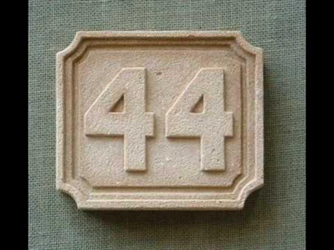 Numeros y letras para viviendas realizados con simil piedra stone posters youtube - Casa letras madera ...