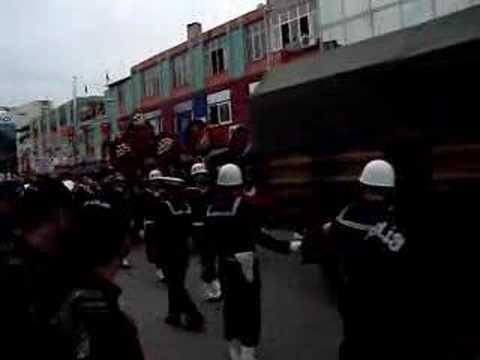 Silifke Şehidine AĞLIYOR...28.02.2008 VATAN SaĞOLSUN