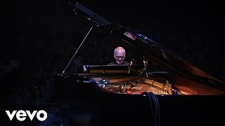 Ludovico Einaudi - Whirling Winds – Live In London 2016