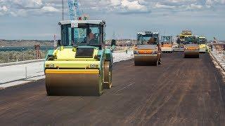Начата асфальтировка Керченского моста