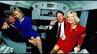 The Women Campaigning to be America's First and Second Ladies in 1992