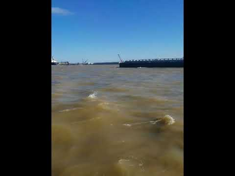 Tugboat sinks in Mississippi River near New Orleans - 1