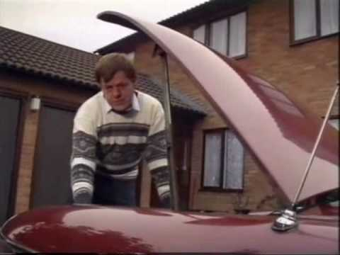 Leaded and Unleaded Fuel of Different Ratings Explained (Top Gear 1989)