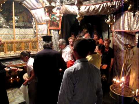 Fighting in the Church of The Nativity (Bethlehem) In All Its Glory.