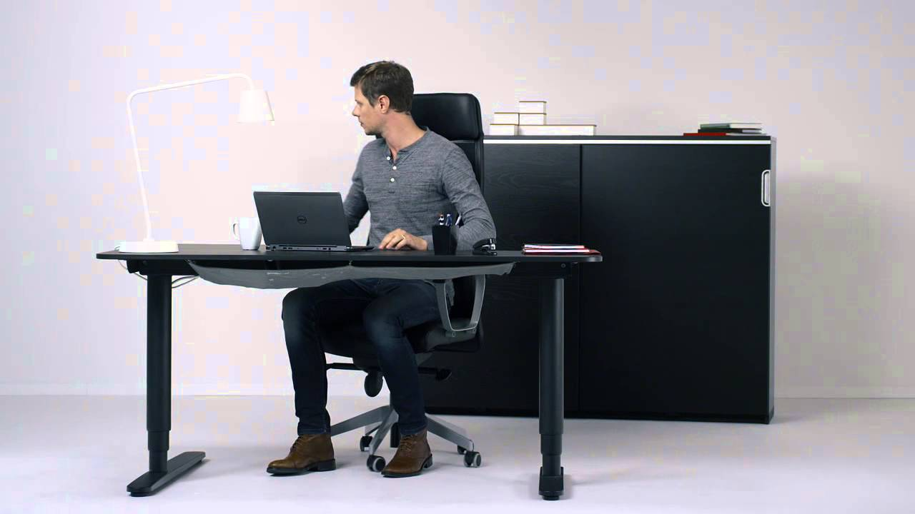 Ergonomie bureau top 25 best ergonomie bureau ideas on for Chaise assis genoux ikea