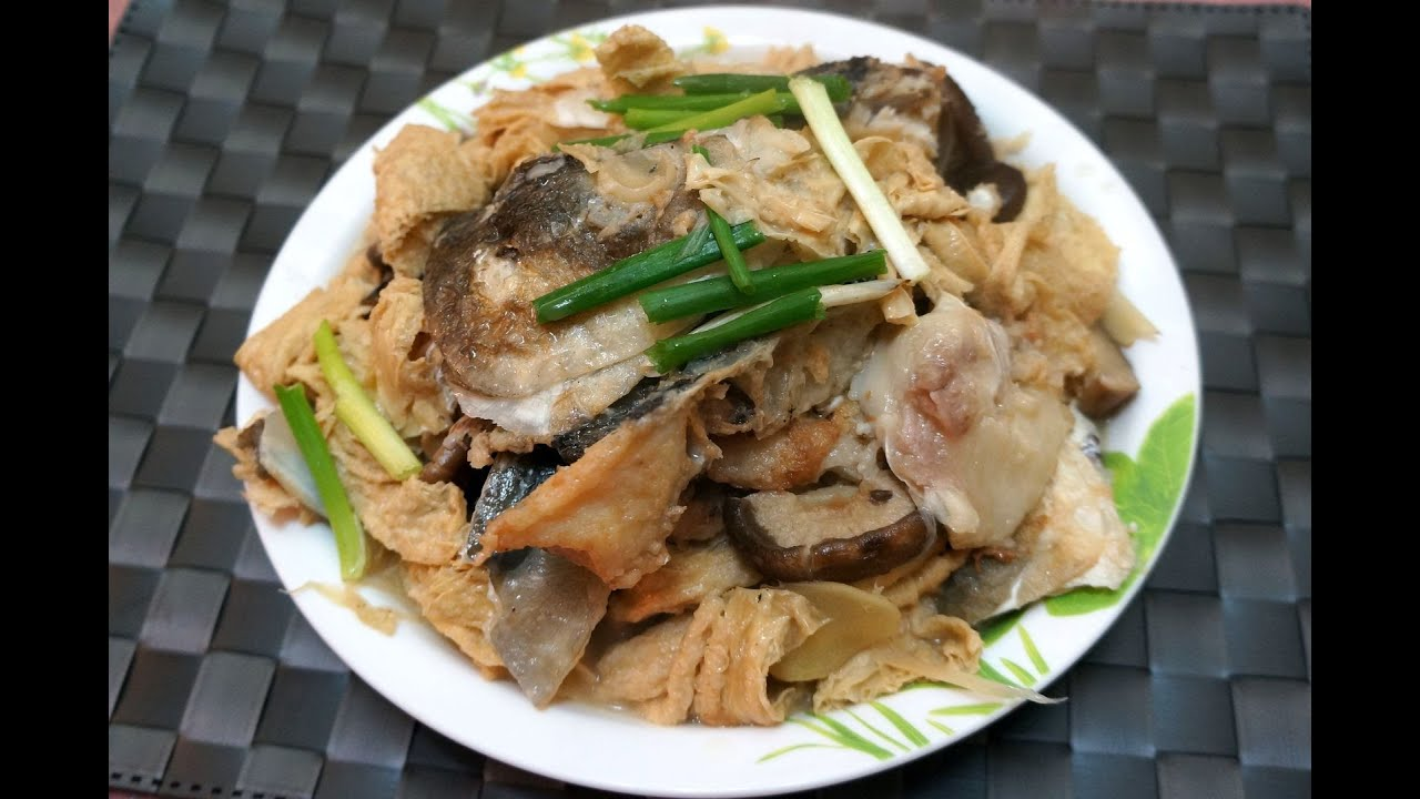 Chinese recipe braised fish head with bean curd stick for Fish head recipe