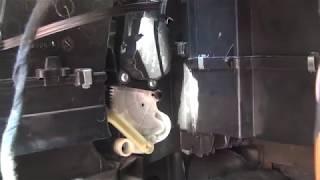 Как починить моторчик шторок печки