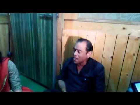 APNA SAMACHAR: Live Song Recording Of Birha Gayika Singer Ujala Yadav At MG Recording Studio, Mumbai