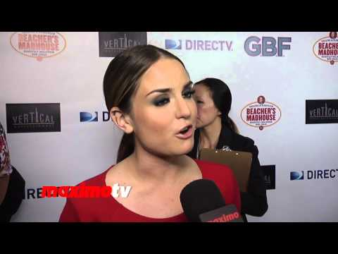 "Joanna ""JoJo"" Levesque Interview ""G.B.F."" Los Angeles Premiere Red Carpet Arrivals"
