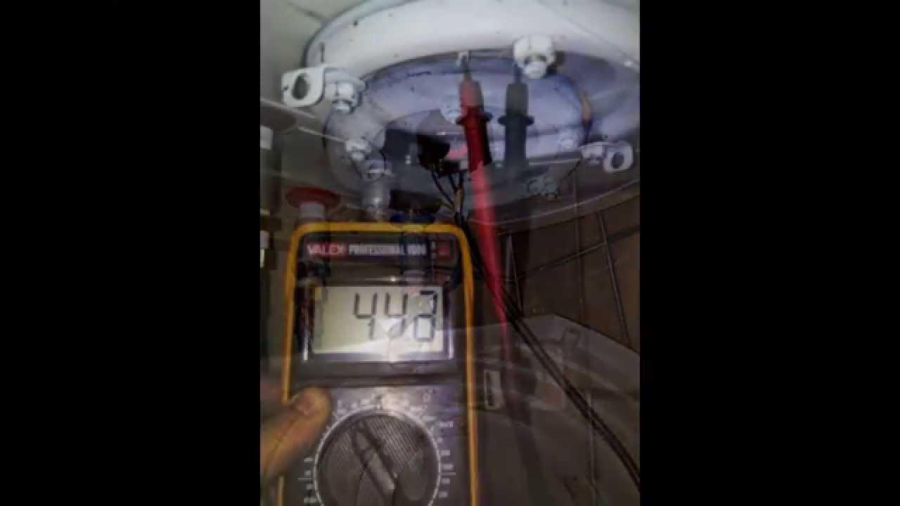 Come riparare un boiler sostituendo il termostato e for Come convogliare uno scaldabagno