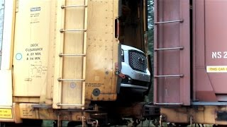 CSX Auto Train Goes Into Emergency Stop Causing Extensive Damage thumbnail
