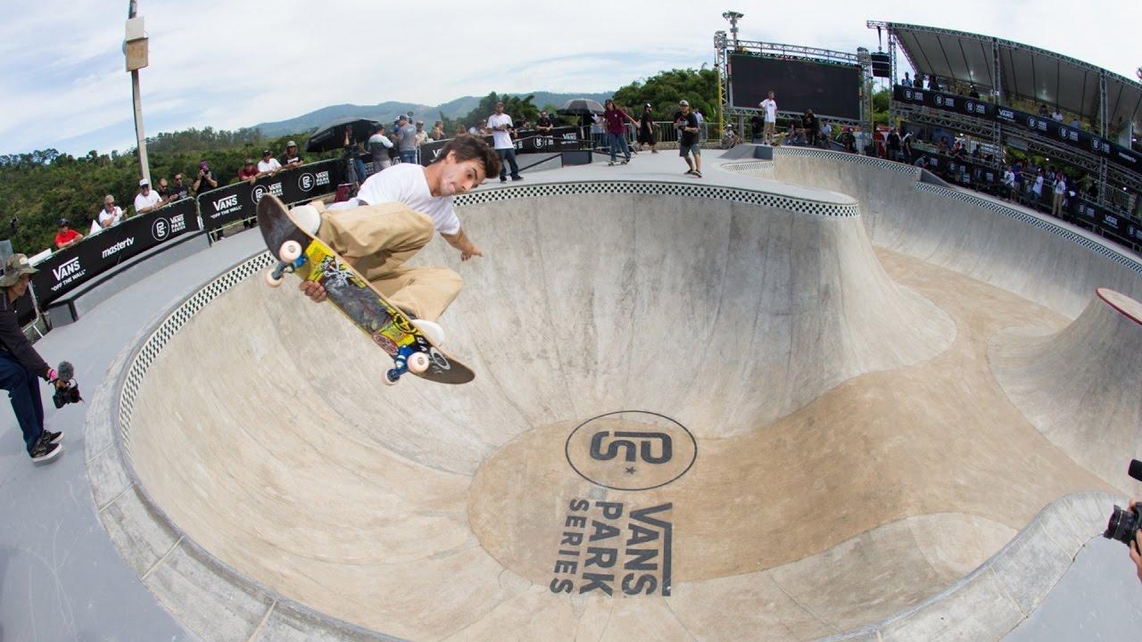 pedro-barros-co-shred-the-santo-bowl-raw-vans-park-series-brazil