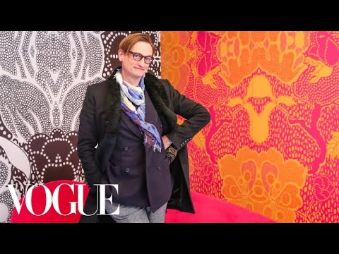 Packing a Stylish Suitcase For Europe With Vogue Editor Hamish Bowles