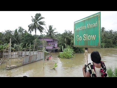 AFP: Les inondations en Inde font plus de 300 morts