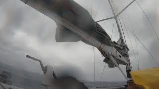 """Яхта """"WEDDELL"""" и ураган в Индийском океане."""