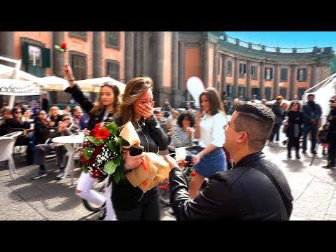 Flash Mob - NAPOLI (MAURO+NUNZIA)