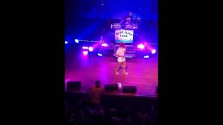 Fan Throws Up At Mac Miller Concert Blue Slide Park Tour SAN DIEGO (BDE)