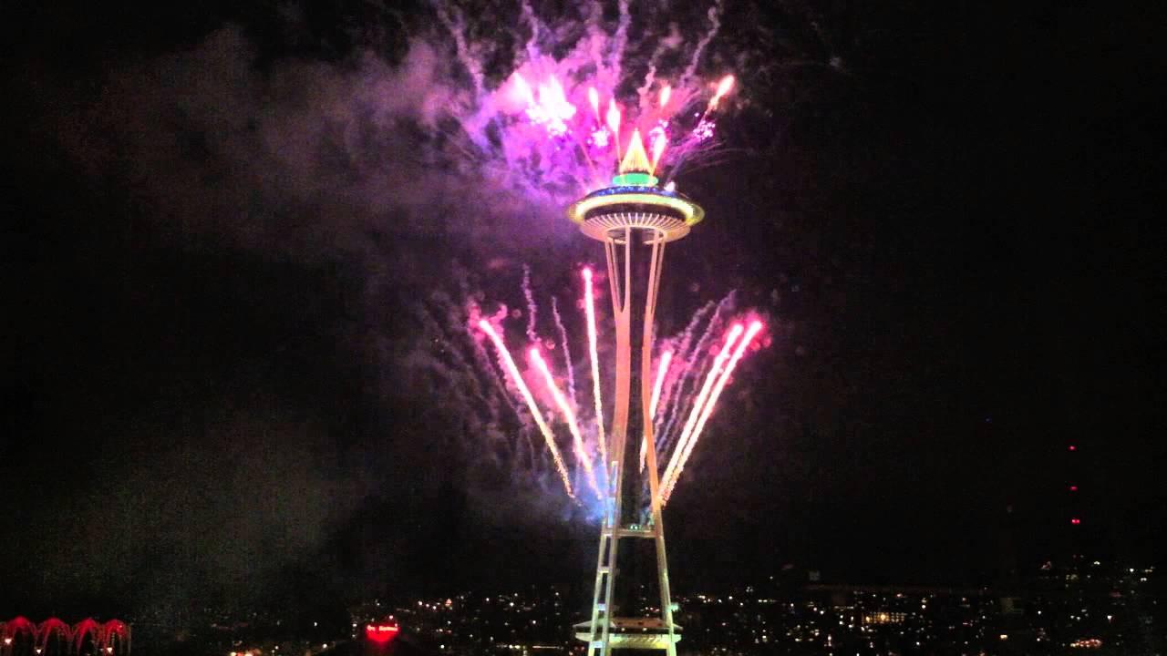Seattle New Years 2013 Fireworks w/ music (Jan 1, 2013)