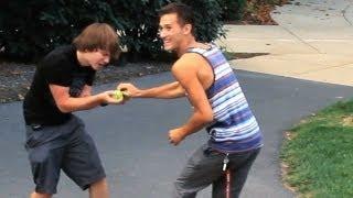 Public Trollin: Itch My Balls!