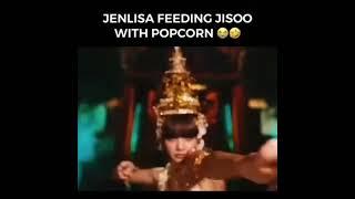JENLISA FEEDING JISOO POPCORN 🍿😂😂#BLACKPINK #SHORTS #HOWYOULIKETHAT #ONTHEGROUND #SOLO #LISA #LALISA