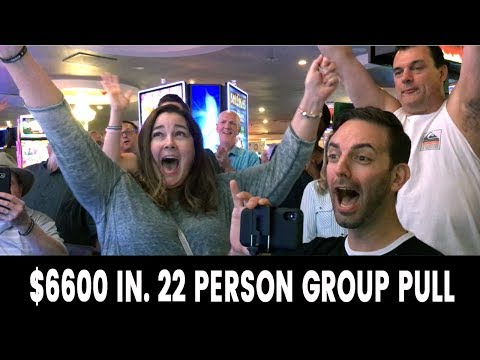 😱 Betting $6600 ➡️ 22 Person GROUP PULL 💸 Fortune Link @ Plaza Las Vegas