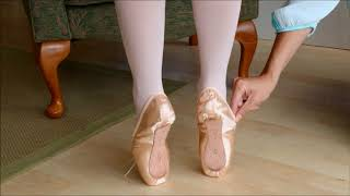 Finding the perfect fit - See how pointe shoes should fit!