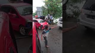 Download Pemadam kebakaran kota makassar menuju lokasi kebakaran Mp3 and Videos
