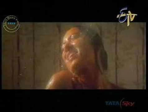 aamani bath and saree wearing
