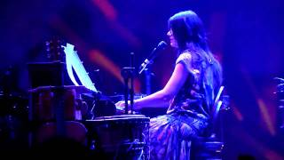 Elisa - I Never Came (Udine 4 apr 2011)