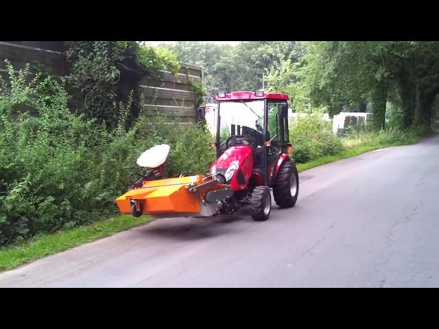 TYM трактор коммунальный