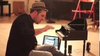 Toy Piano Artist - Nico Pistolesi
