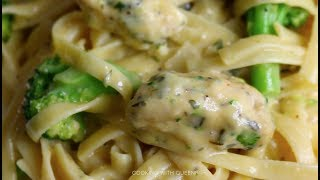 Affordable Meals / One pot dinners : Chicken and Broccoli Fettuccine - Cooking With Queenii