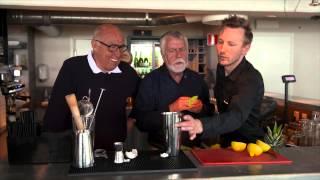 Björn Hellberg misslyckas med att blanda en drink i Sverigequizen