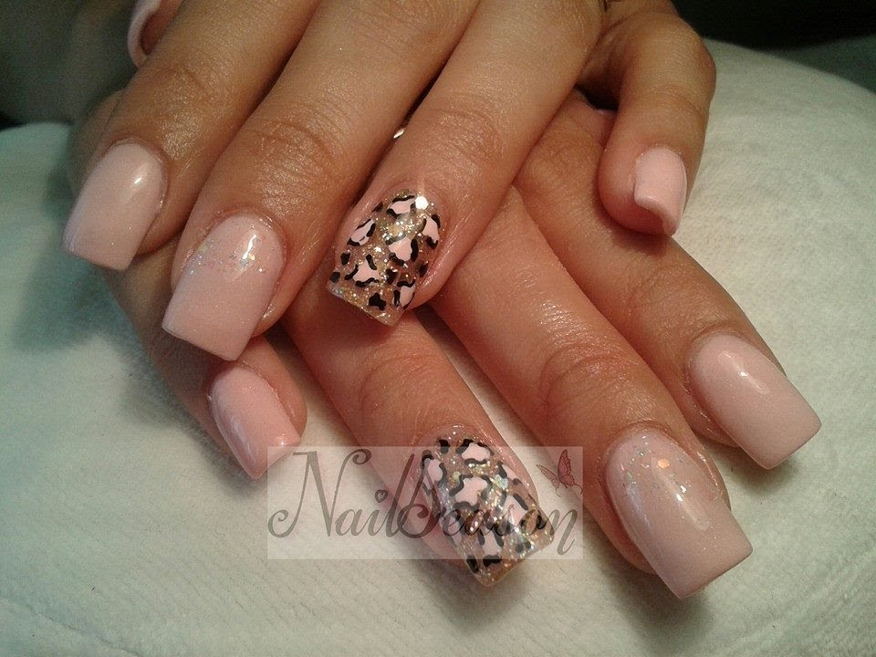 Dise o de u as acrilicas sobre natural nailseason 2014 for Decoracion de unas fotos 2014