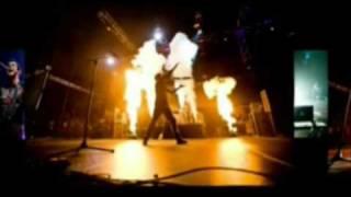 Skillet -  Slideshow (Comatose Comes Alive DVD)