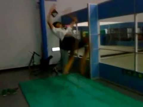 BACKFLIP IN TAIPEI GYM!