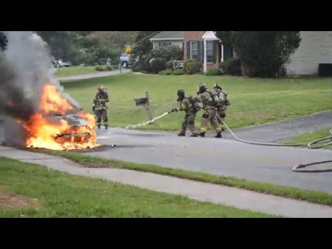 Engine 53 Arriving on scene to Car Fire Fully involved 5/9/16