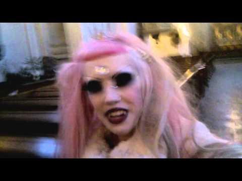 Vlog: Adora filming for music