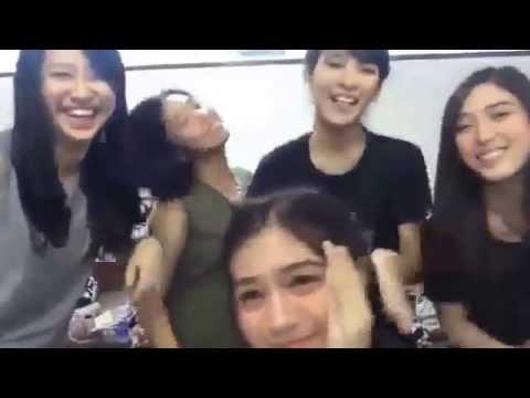 team J JKT48 gesrek sebelum perform