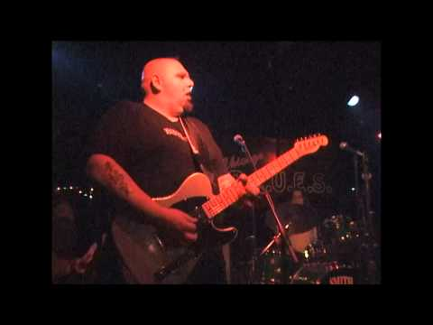 Popa Chubby at Chicago Blues, N.Y. 2000 Part 1