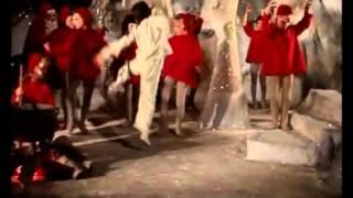 Far til fire i byen (1956) - Til julebal i Nisseland (Ole Neumann)
