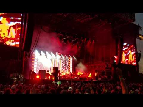 LCD Soundsystem @ Lollapalooza 2016 (Daft Punk Is Playing At My House)