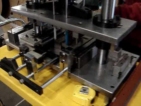 pneumatic punching machine