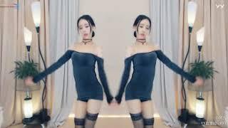 YY LIVE 燃舞蹈 小凤九 -《摩托搖》燃舞蹈(Artists・Sing・Music・Dance・Instrument・Talent Shows・DJ・KPOP・Remix・LIVE).avi