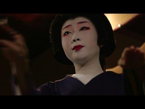Japan's geisha, guardians of an ancient culture
